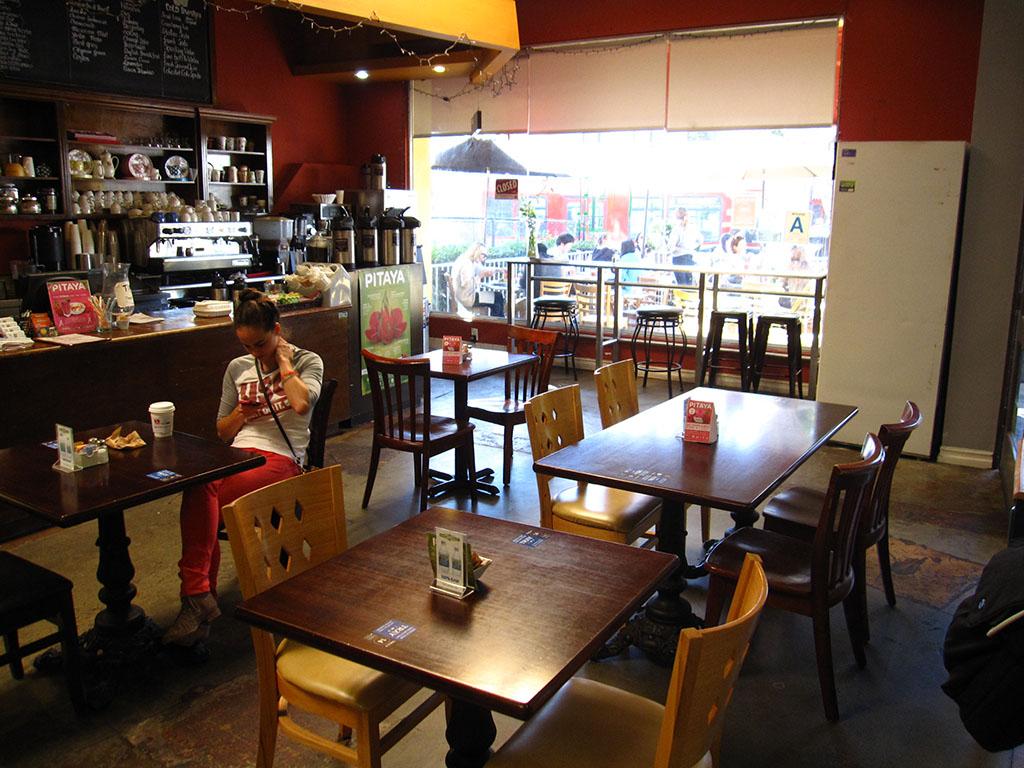 Thousand Oaks Cafe Near Me