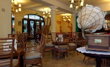 Iberostar Grand Hotel Bar in Trinidad