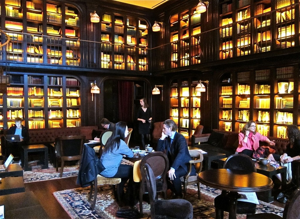 The library at the nomad in new york ny for Best dining rooms nyc
